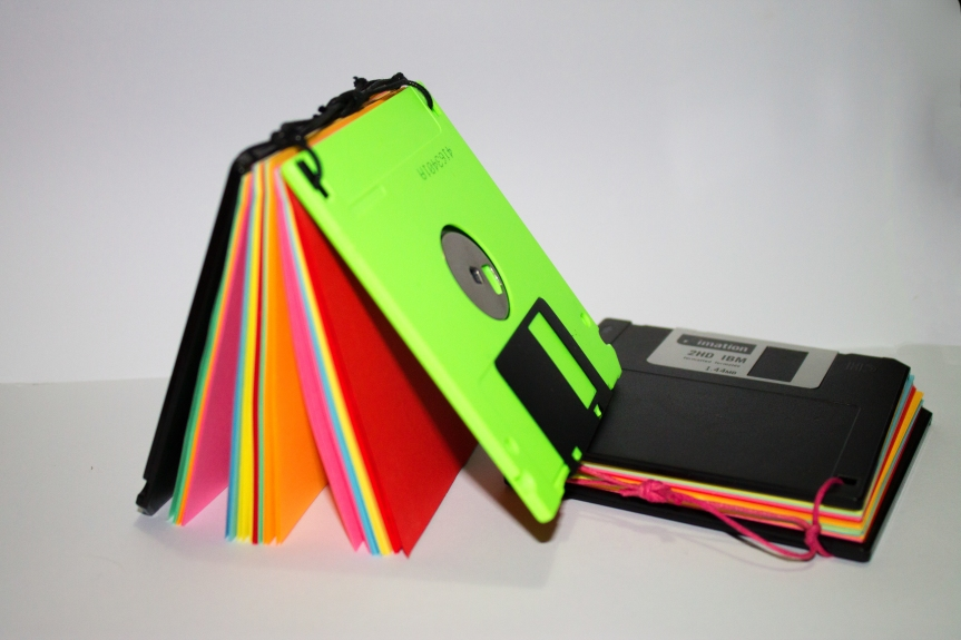 Riciclo creativo ecosostenibile : Block notes da vecchi Floppy Disk