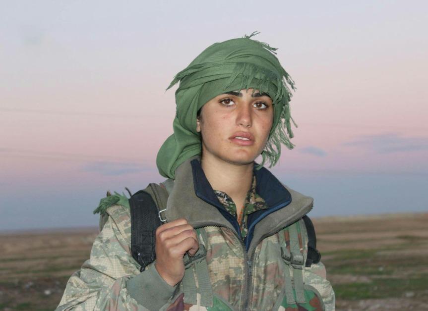 Non è occidentale, l'argine più forte all'avanzata dell'isis è composto da Donne curde emusulmane