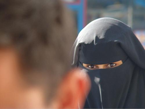Arabia Saudita: Le donne al voto per la prima volta nella storia (se gli uomini lo vorrannoperò)